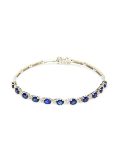 Oval Blue Sapphire Bracelet (4.25ct. tw.) in 18K White Gold